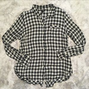 Lucky Brand Black White Flannel Top